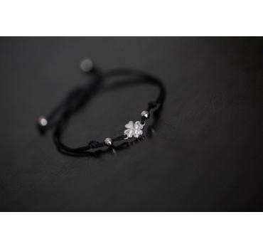 Bransoletka srebrna koniczyna, czarny sznurek