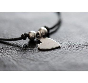 Bransoletka czarny sznurek, srebrne serce