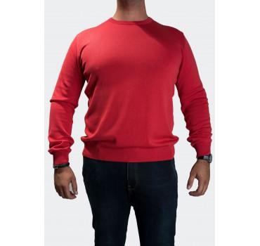 Sweter czerwony przód